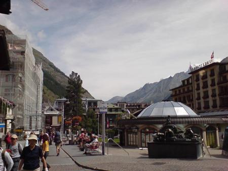 Zermatt -- главната улица