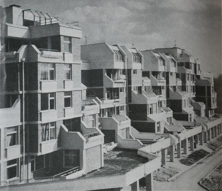 Общ изглед на сградите, скоро след построяването им